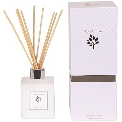 Woodbridge fragrance reed diffuser 120 ml in a box - Lychee & Redcurrant